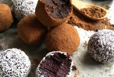 healthy chocolate truffle balls