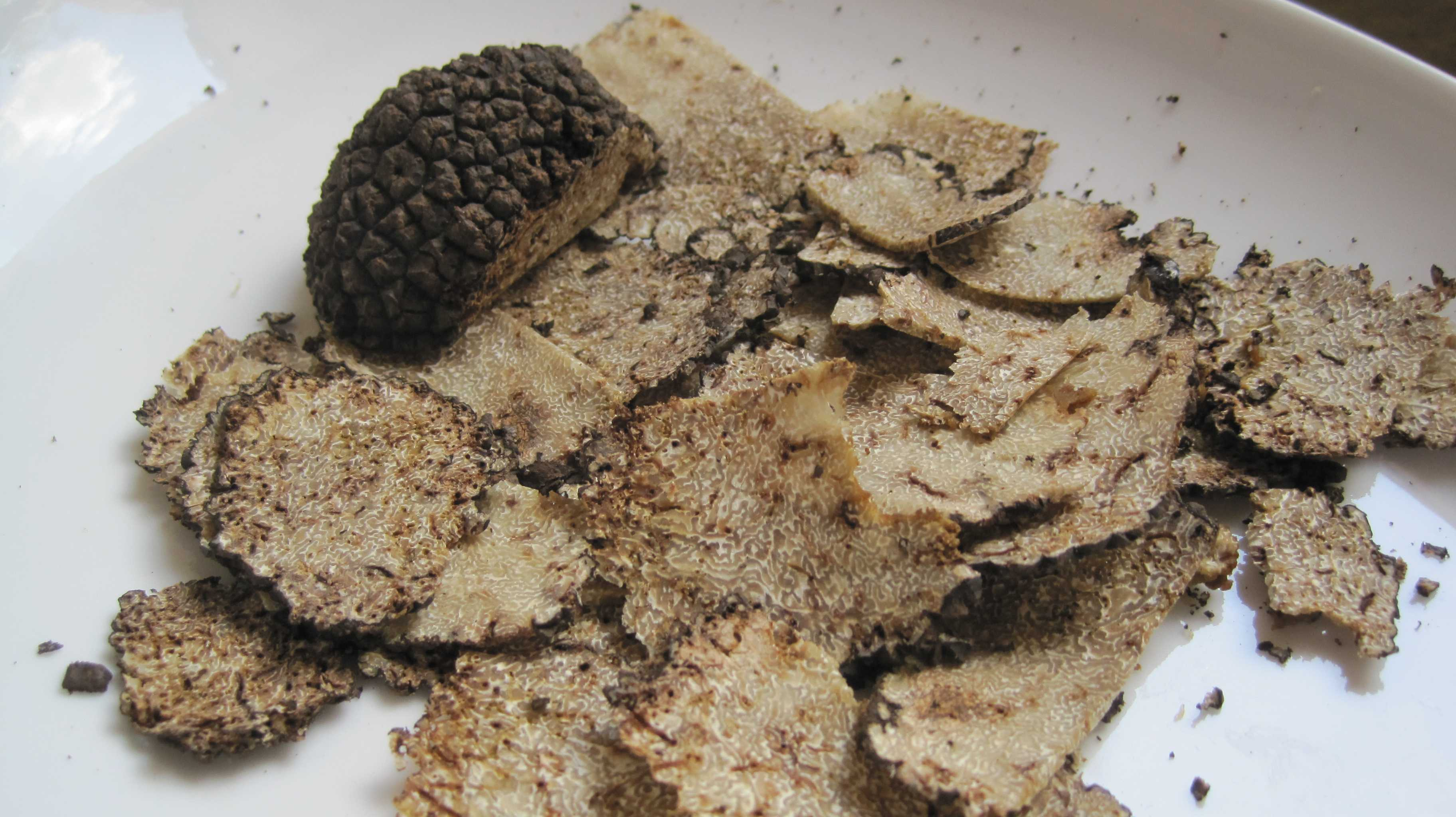 how much is an ounce of truffles
